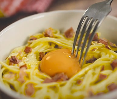 video receta tallarines carbonara